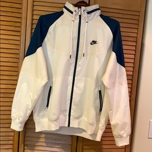 Nike full zip windbreaker jacket XL